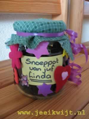 Geliefde Snoeppot voor de dag van de leidster. &NO01