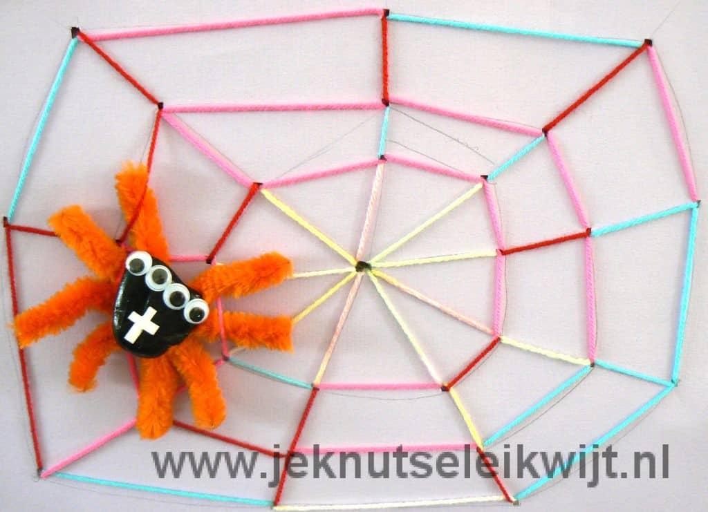 Spinneweb knutselen herfst