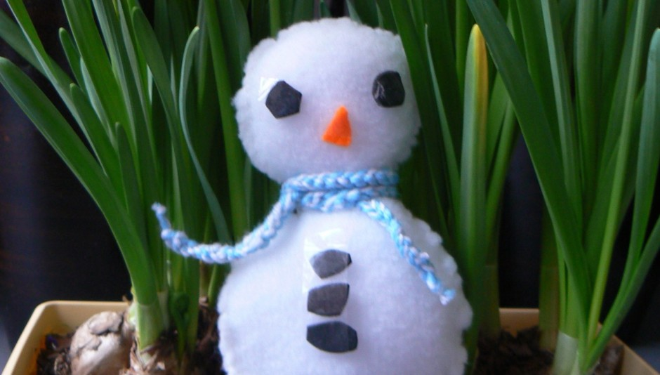 Knutselen winter thema een sneeuwpop van vilt - Hoe je een scheiding in een ruimte te maken ...